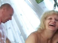 Horny Old Bitch Gets A Shaft In Her Creamy Twat