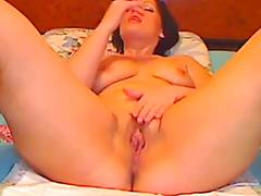 Alanis Spreads Her Legs And Pops Out Her Cunt
