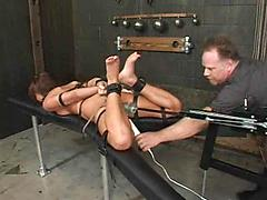 Bondage and fucking machines (holly wellin) - 14